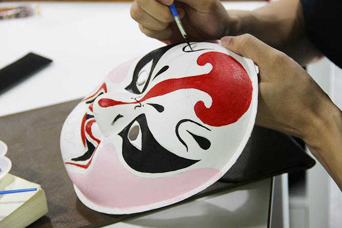 """""""做设计要有爱""""之《中国脸谱艺术》"""